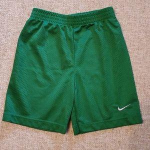 Nike Bottoms - Boys Green Nike 4T Elastic Gym athletic Shorts